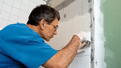 Simple Home Repair Checklist for the End of Summer Vacation